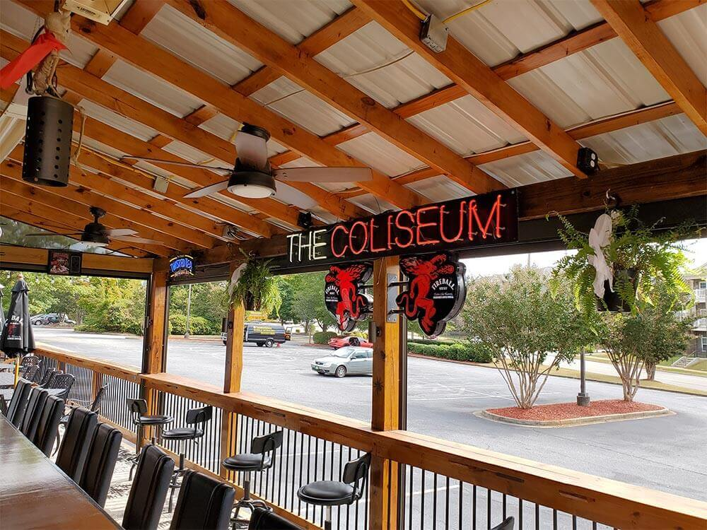coliseum on haywood sports bar and grill patio